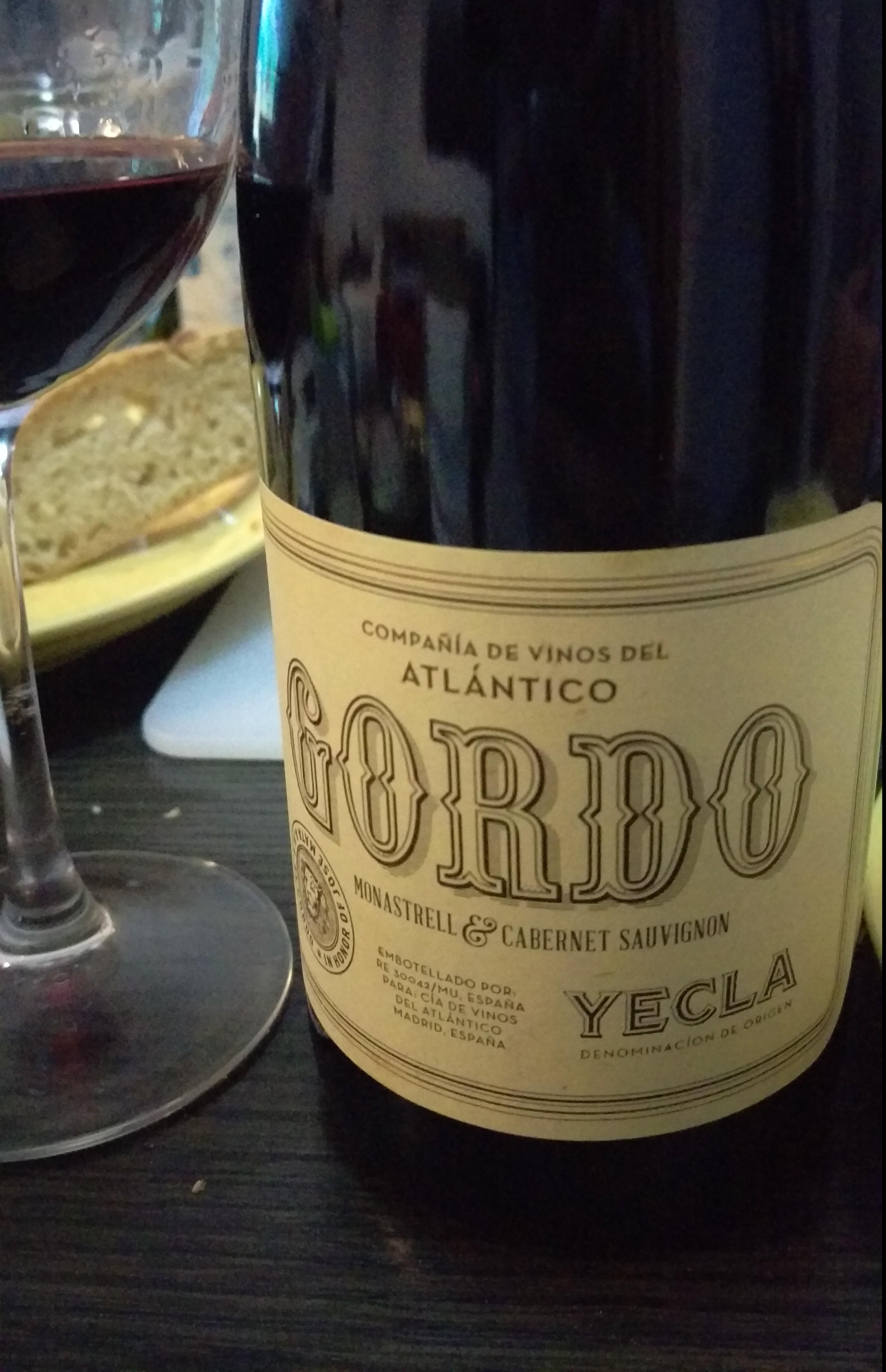 Gordo 2012, curioso nombre para un vino que pisa fuerte!